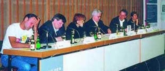 Max Finger, Axel Zerdick†, Jennifer Neumann, Moderator: Alfred Eichhorn, Prof. Willem Velthoven, Eva Emenlauer-Blömers (v. l.)