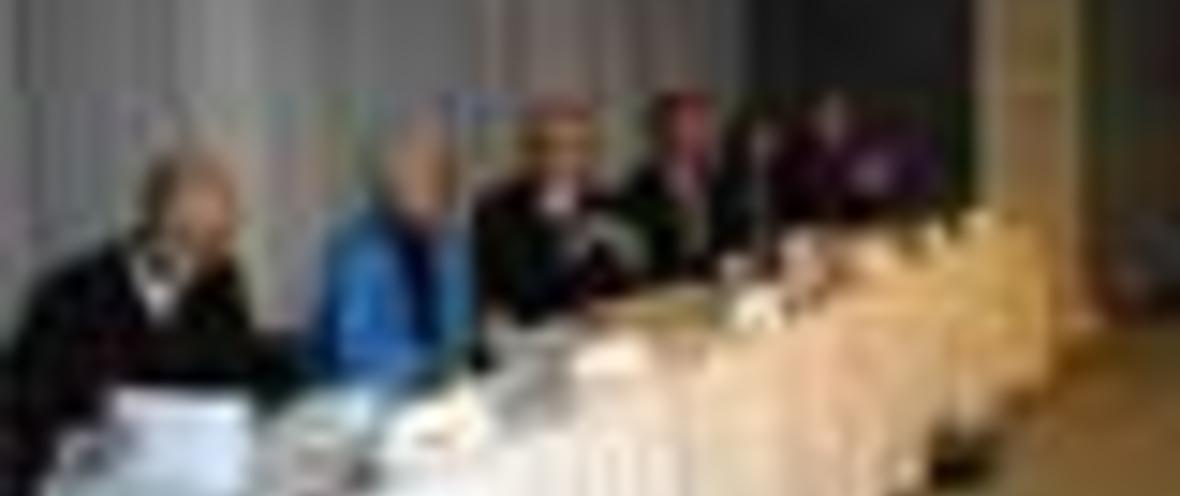 Prof. Dieter Lenzen, Freie Universität Berlin; Sybille Volkholz, IHK Berlin; Moderator: Alfred Eichhorn, inforadio; Nicolai Neufert KORBIT/CidS!; Hilda Rohmer-Stänner, Ministerium für Bildung, Jugend und Sport in Brandenburg; Fritz von Bernuth, Cornels