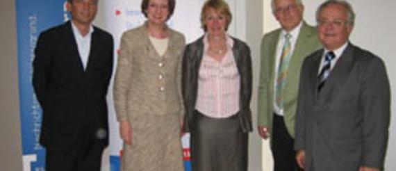 Bernd Curanz, Dr. Verena Wiedemann, Ingrid Walther, Claus Sattler, Moderator Alfred Eichhorn (v.l.)