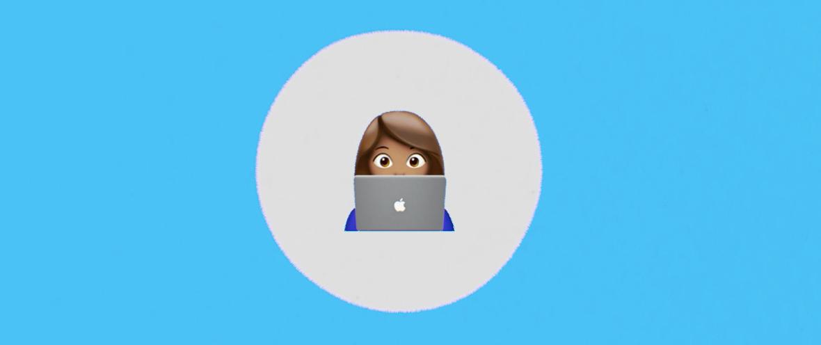 Illustration von einer Frau vor dem Laptop