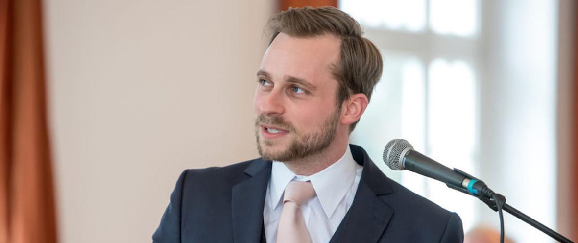 Fabian Westerheide am Rednerpult