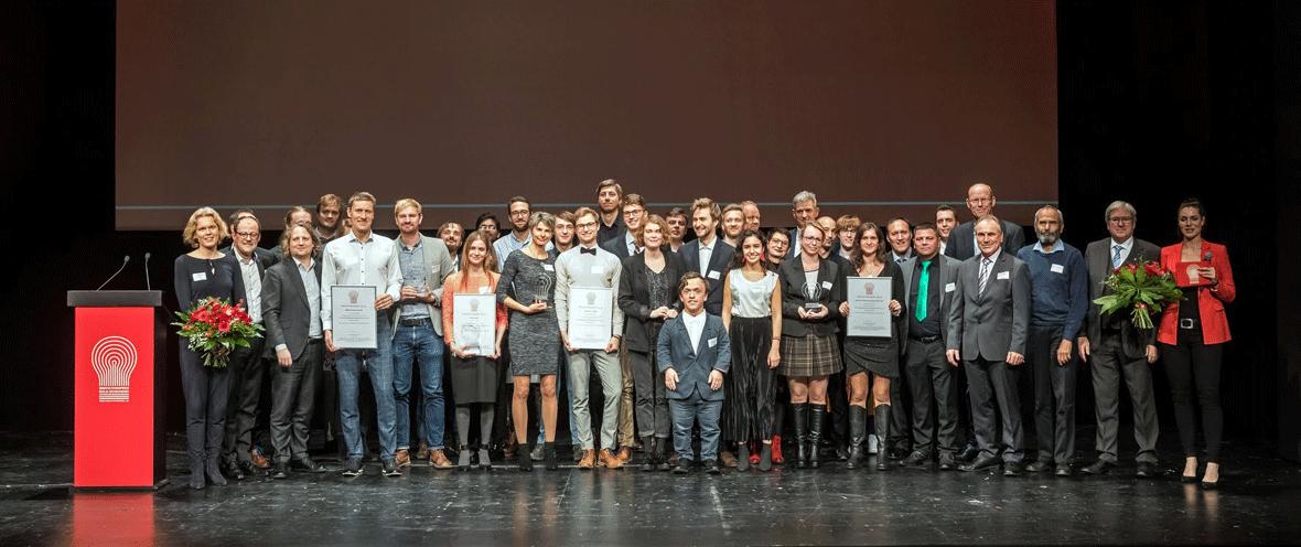 Gruppenbild der Gewinner des Innovationspreises 2019